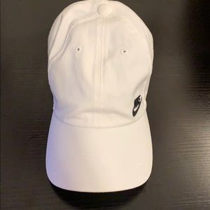 Nike Accessories - Nike Logo Hat